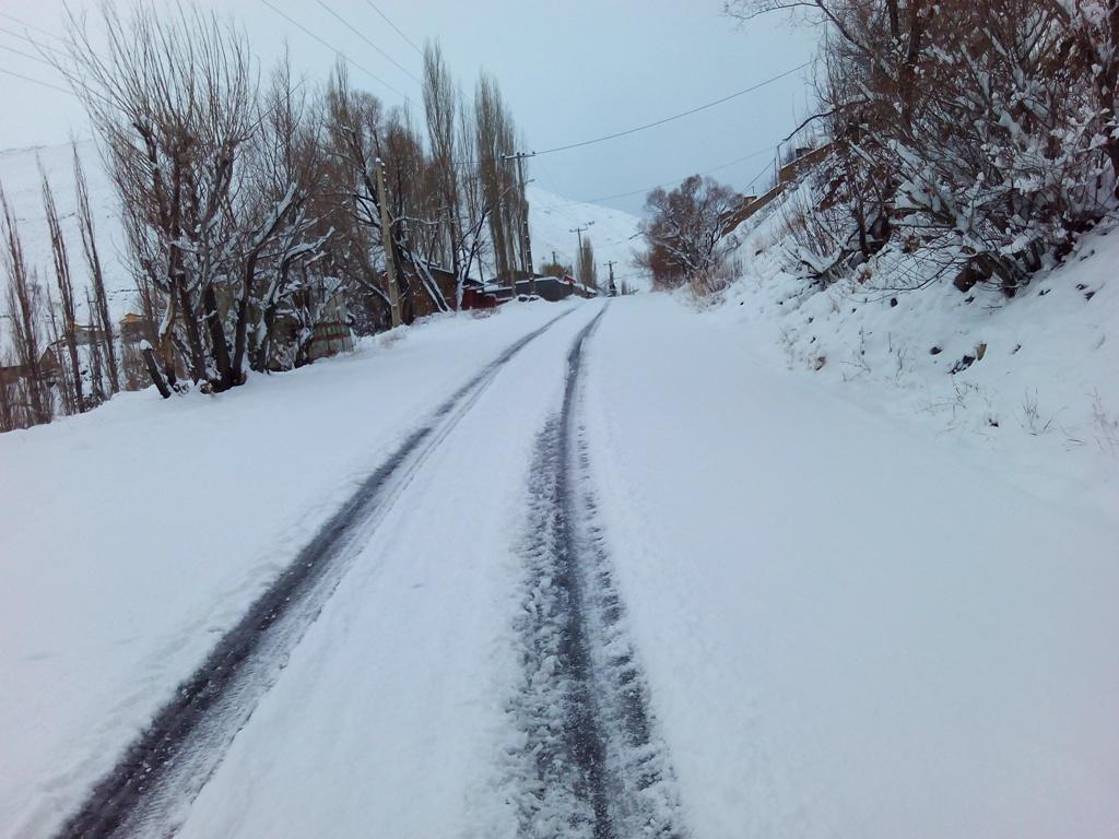 بارش برف پاییزی در نسن