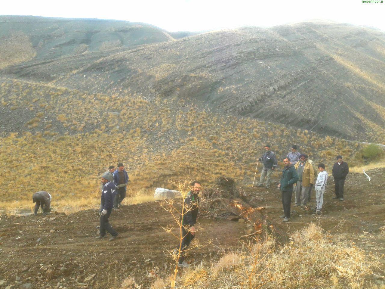 مسدود کردن راه معدن اکتشافی(فیلم +عکس)