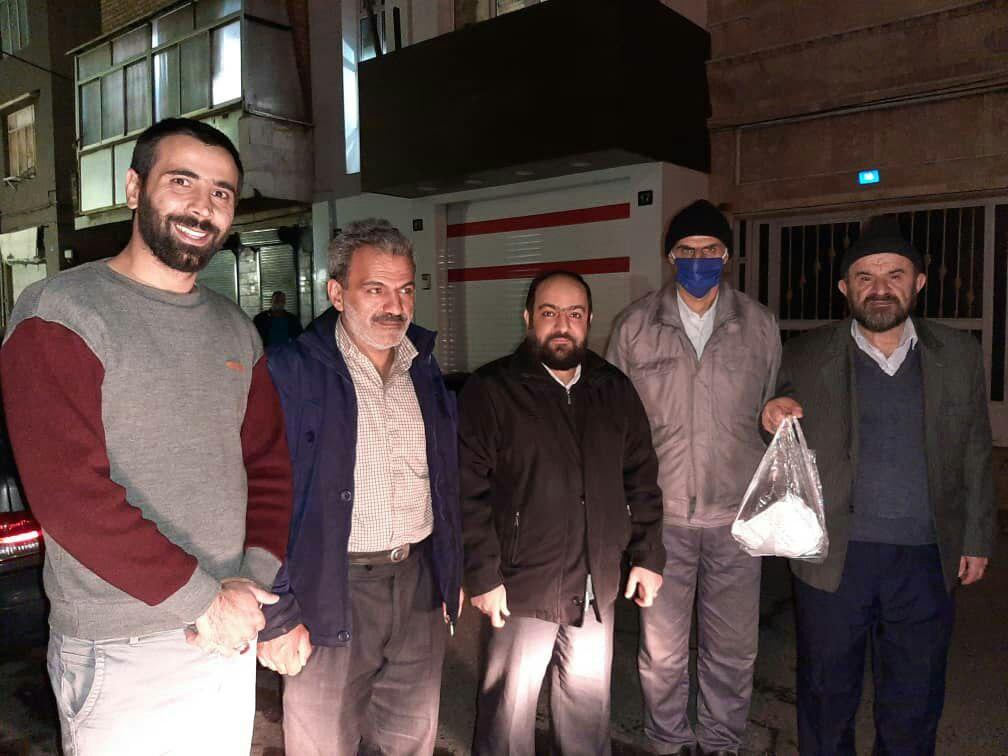 تصاویر منتخب مربوط به توزیع بسته های بهداشتی بین خانواده محترم  روستای نسن ساکن تهران